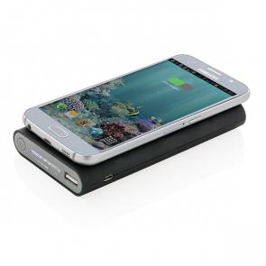 8.000 mAh Wireless 5W Powerbank With Type C