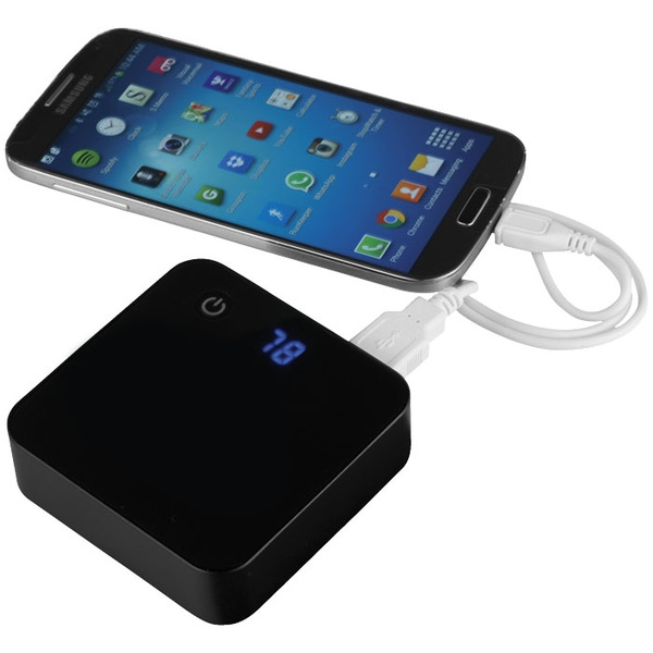 Photo of PB-6000 Giga Charger charging smartphone